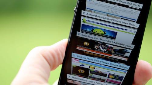 التوبيبات المفتوحة في متصفح سفاري على الايفون