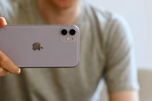 الكاميرا المزدوجة في ايفون 11
