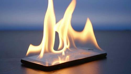 هل يمكن أن يحترق الهاتف
